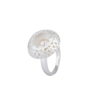Luminous Oyster Sterling Silver Pearl Ring